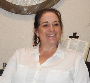Angela Clyne